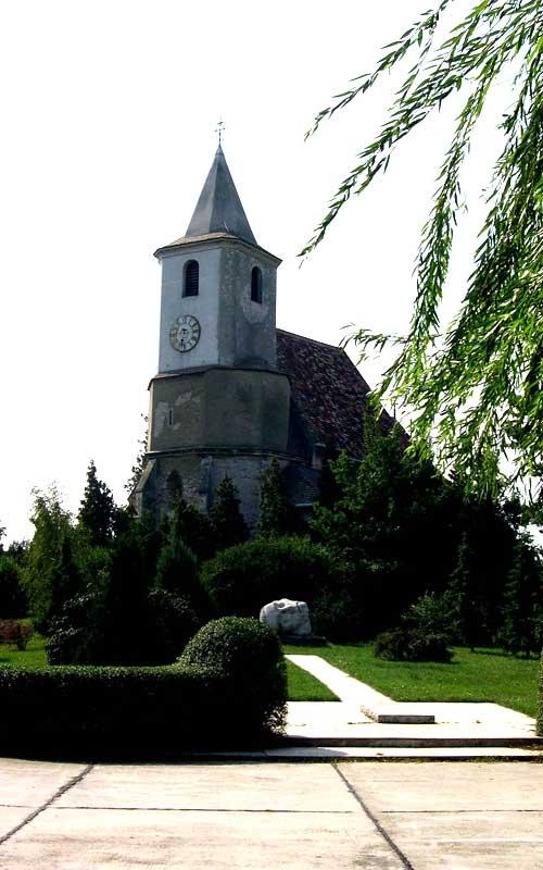 szent-bertalan-templom-hegyeshalom-1